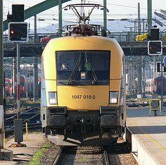 Mozdony, Budapest-Bécs vonat